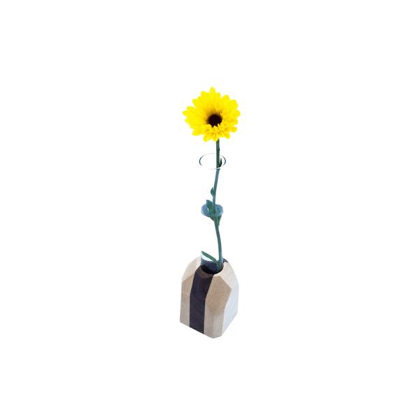 Geometric Flower Vase Image 1